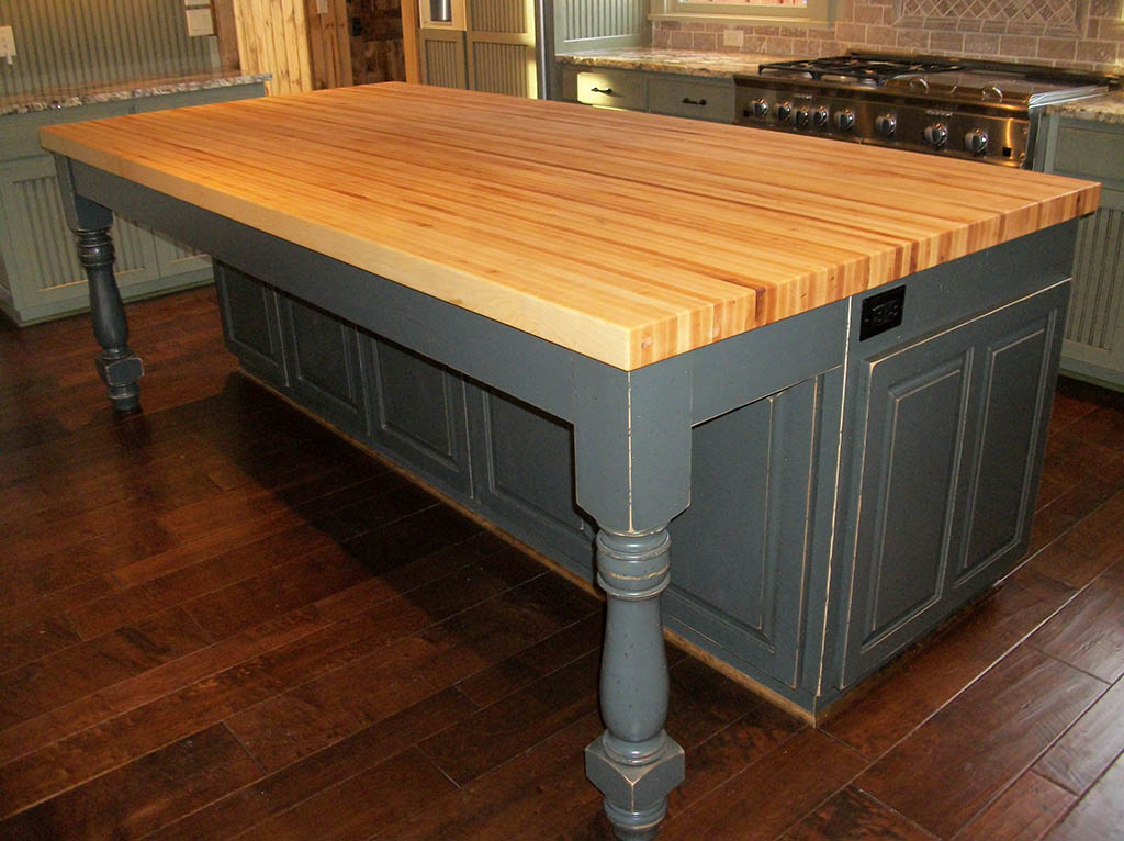 Butcher Block Island Top For Well Equipped Kitchens And Crazy Lovers Of Meat Modern Kitchen Furniture Photos Ideas Reviews
