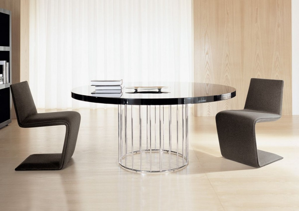 Beautiful Contemporary Dining Table With Chairs