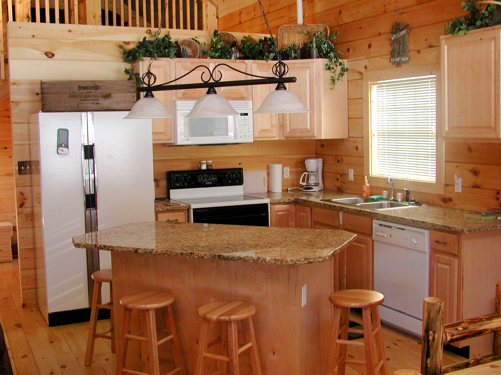 kitchen island with granite top and seating : Modern Kitchen ...