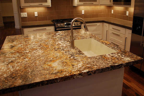 Photo Gallery Of The Kitchen Islands With Granite Tops For People Who Want  Their Apartments Look Glamorous And Expensive