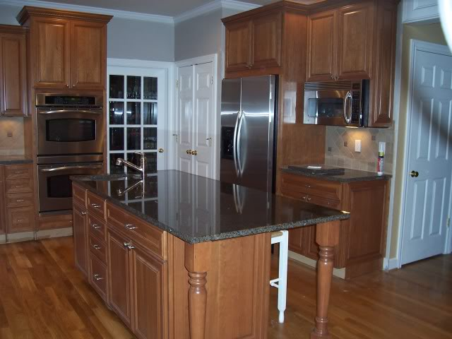 What Is A Under The Counter Microwave And How To Utilize It In The Kitchen  | Modern Kitchen Furniture Photos, Ideas U0026 Reviews