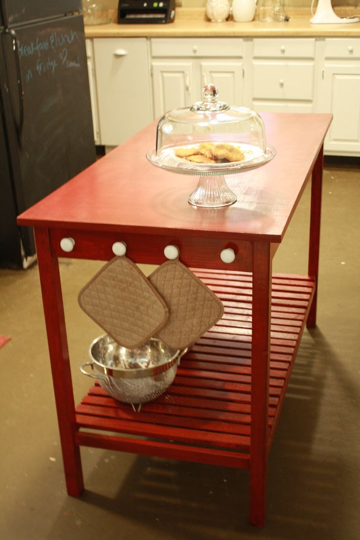 Small-Space Kitchen Island