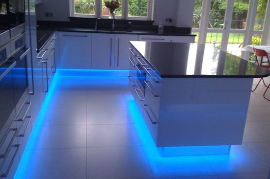 Contemporary Kitchen Countertops With Led Lighting Modern Kitchen